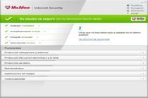 Captura principal de McAfee Internet Security
